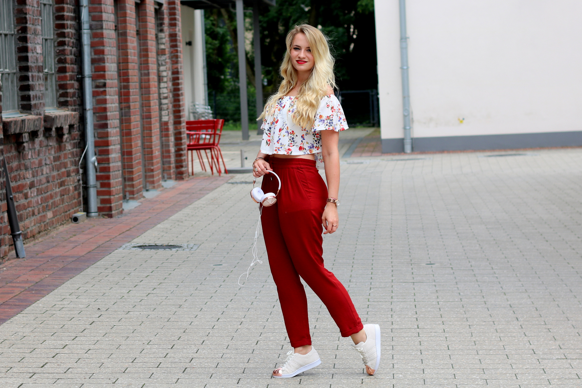 frends-headphones-kopfhörer-audio-musik-music-outfit-summer-early-look-zara-mrsbrightside (2)