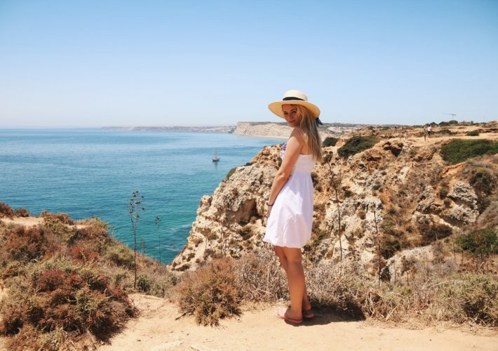Mrs.Brightside Rosavivi Travel Diary Portugal Algarve Reisetipps Strände Städte Lagos Sagres Portimao Arrifana Aljezur Europa