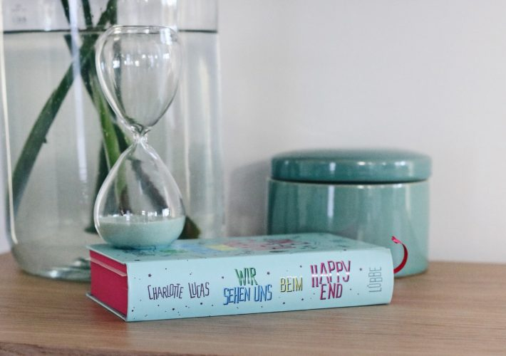 Mrs. Brightside Blogger Blog Hamburg Fashion Travel Lifestyle Buch Promotion Wir sehen uns beim Happy End 1