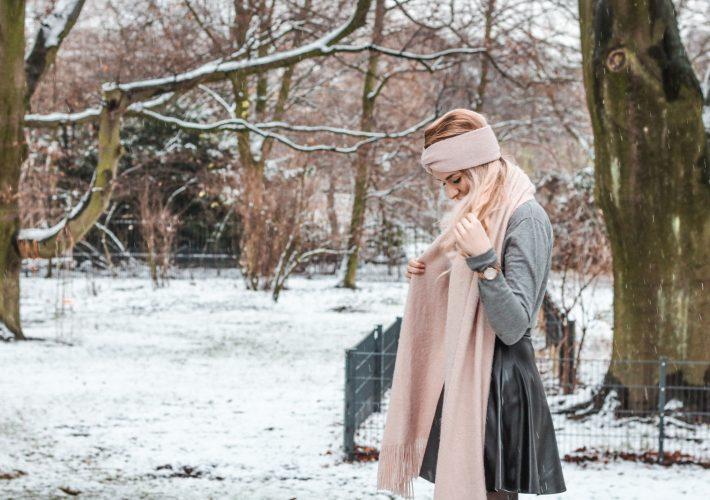 Mrs.Brightside-Rosavivi-Lifestyle-Blog-Hamburg-Schneeshooting-Schnee-Influencer-Opfer-bringen-Personal-Post-Blogger-Aufopferung-Erfolg-